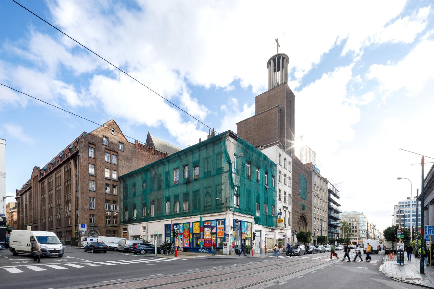Existing building © Nathalie Van Eygen